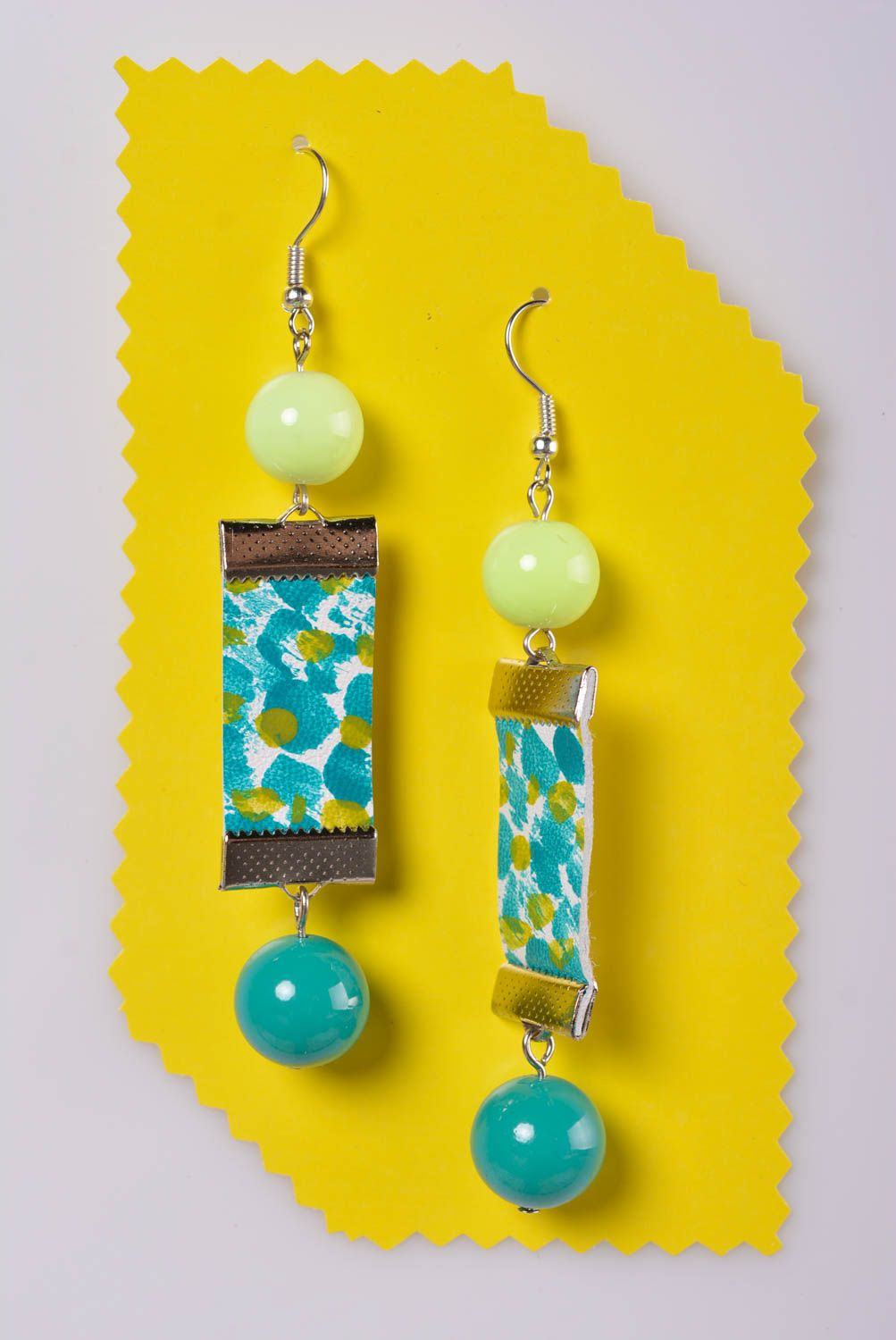 Stylish handmade leather earrings costume jewelry designs gifts for her photo 1