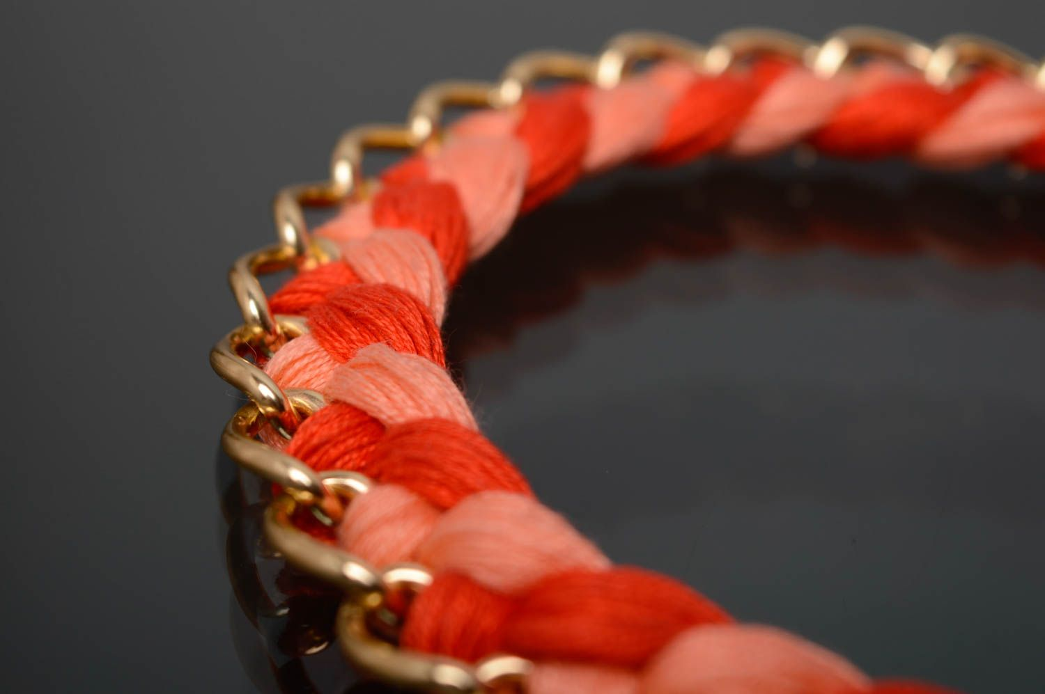 Coral woven necklace photo 4