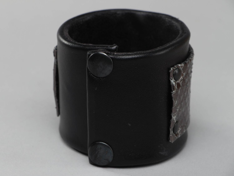 Handmade fancy leather bracelet photo 2