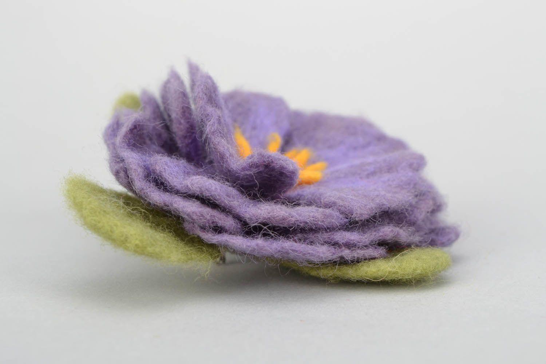 Brosche aus Wolle in der Filztechnik foto 3