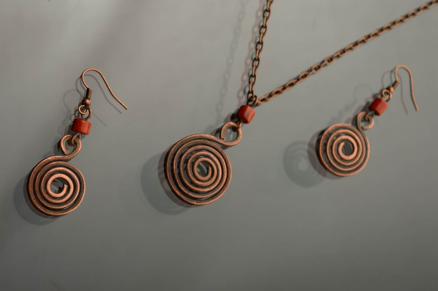 Wire wrap copper jewelry set of earrings and pendant Dunes photo 3