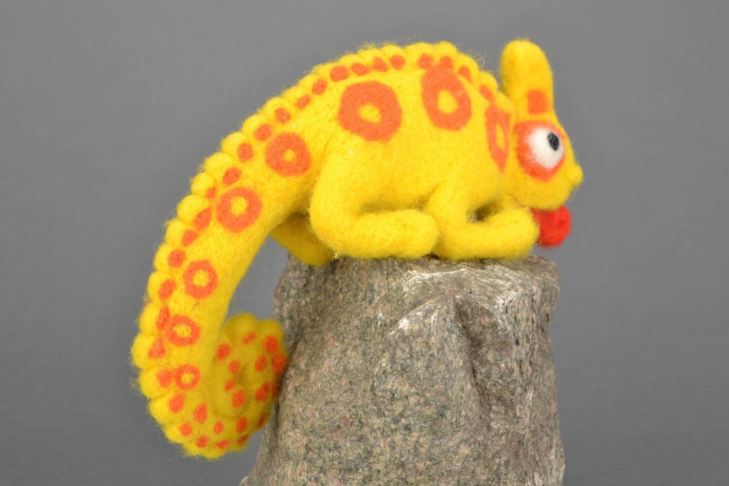 Handmade felt toy Chameleon photo 4