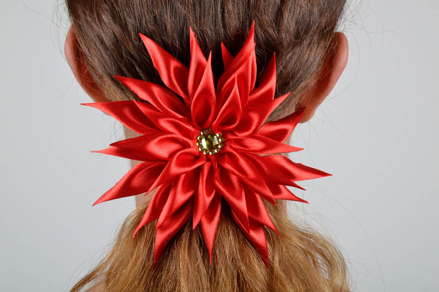 Red scrunchy Astra photo 5