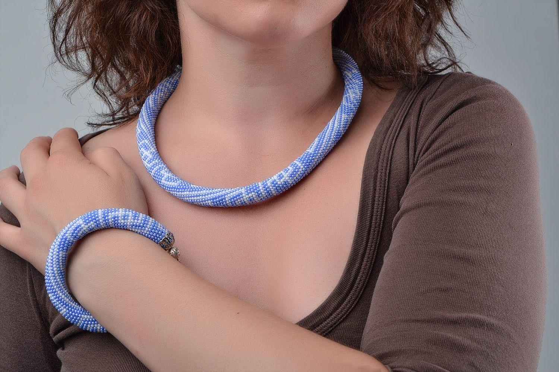 Schmuckset aus Glasperlen Armband und Litze hellblau handmade mit Mustern schön foto 1