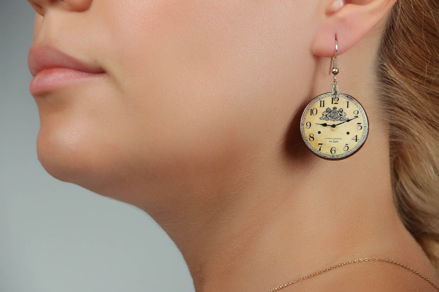 Earrings Clock photo 4