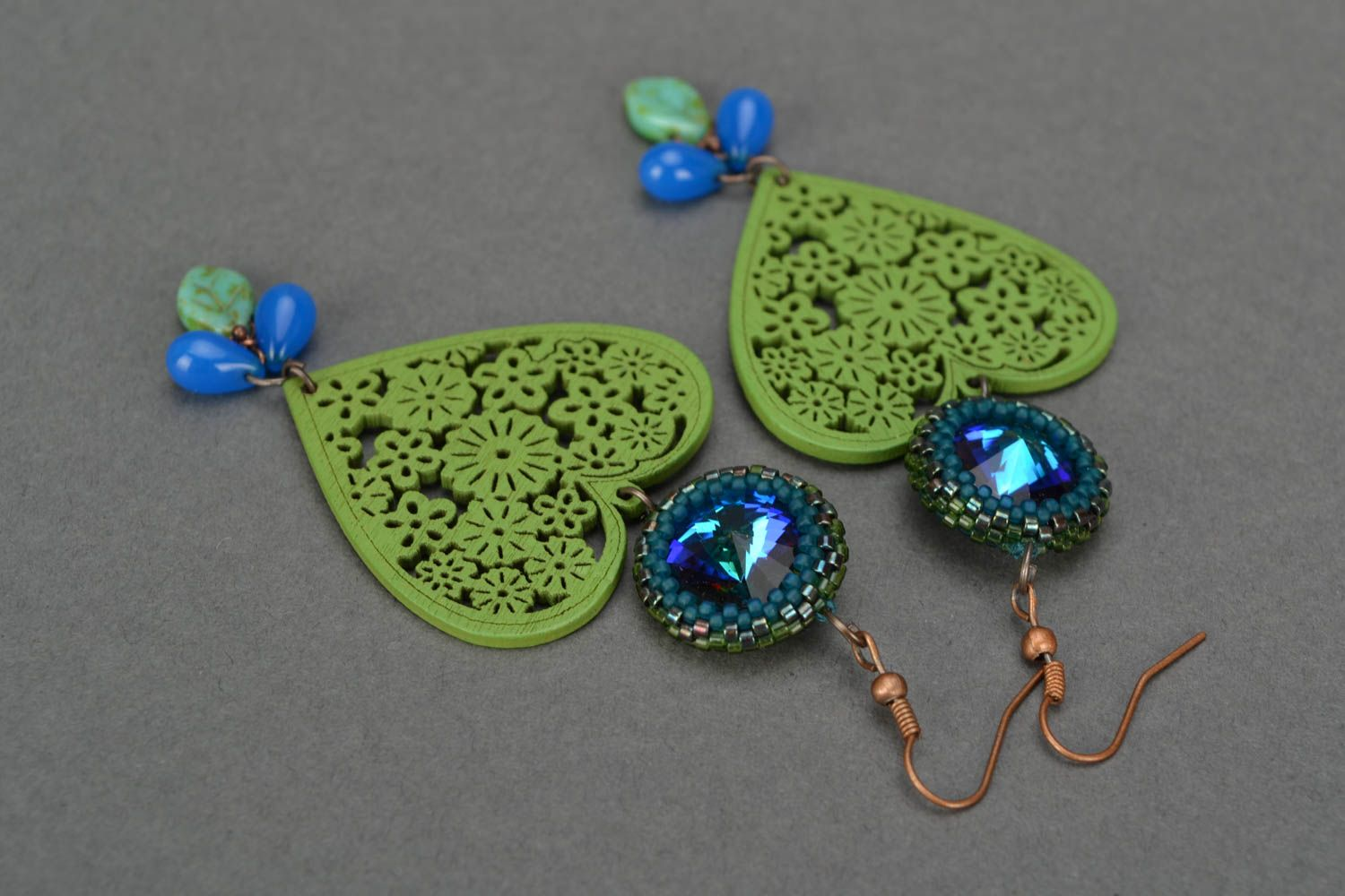 Handmade long designer earrings with wooden green hearts and Czech glass photo 3