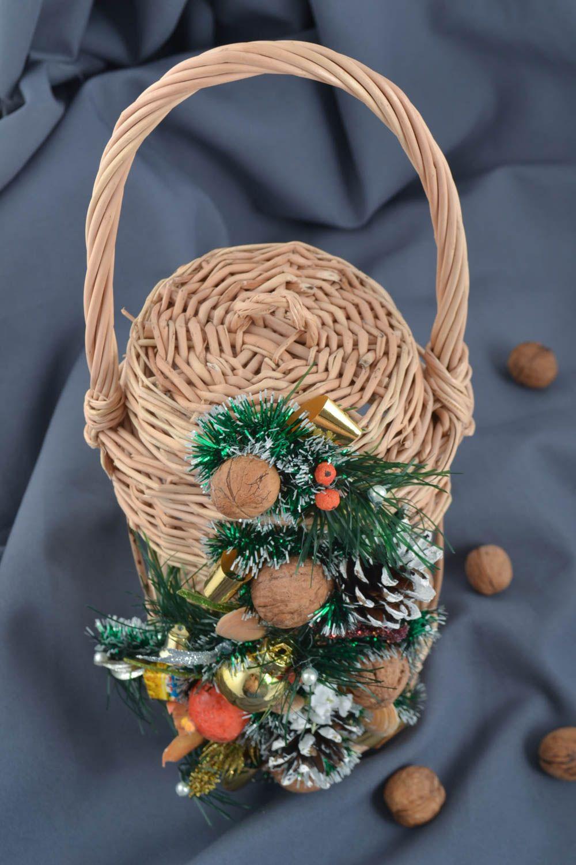 MADEHEART > Handmade geflochtener Korb Fest Deko Korb mit Deckel aus ...