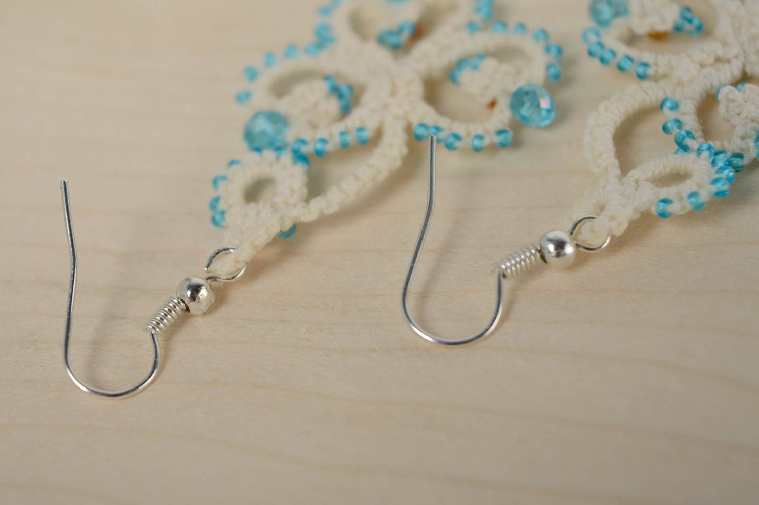 Festive woven earrings photo 5