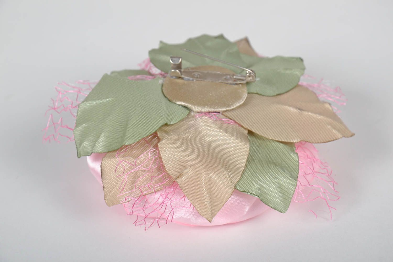 Pink satin brooch photo 3