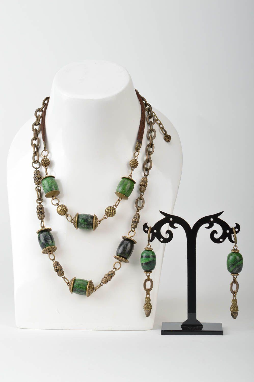 pendientes y collares originales