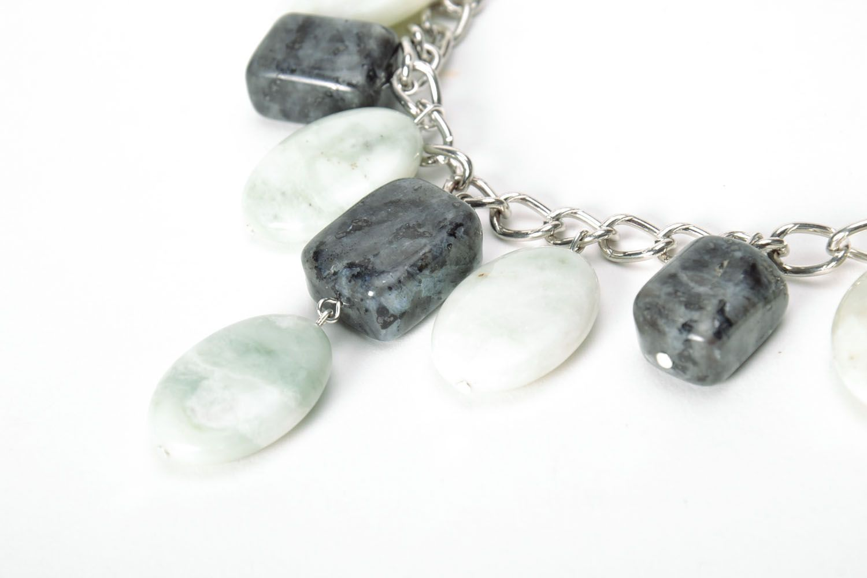 Elegant necklace with nephrite and labradorite photo 4