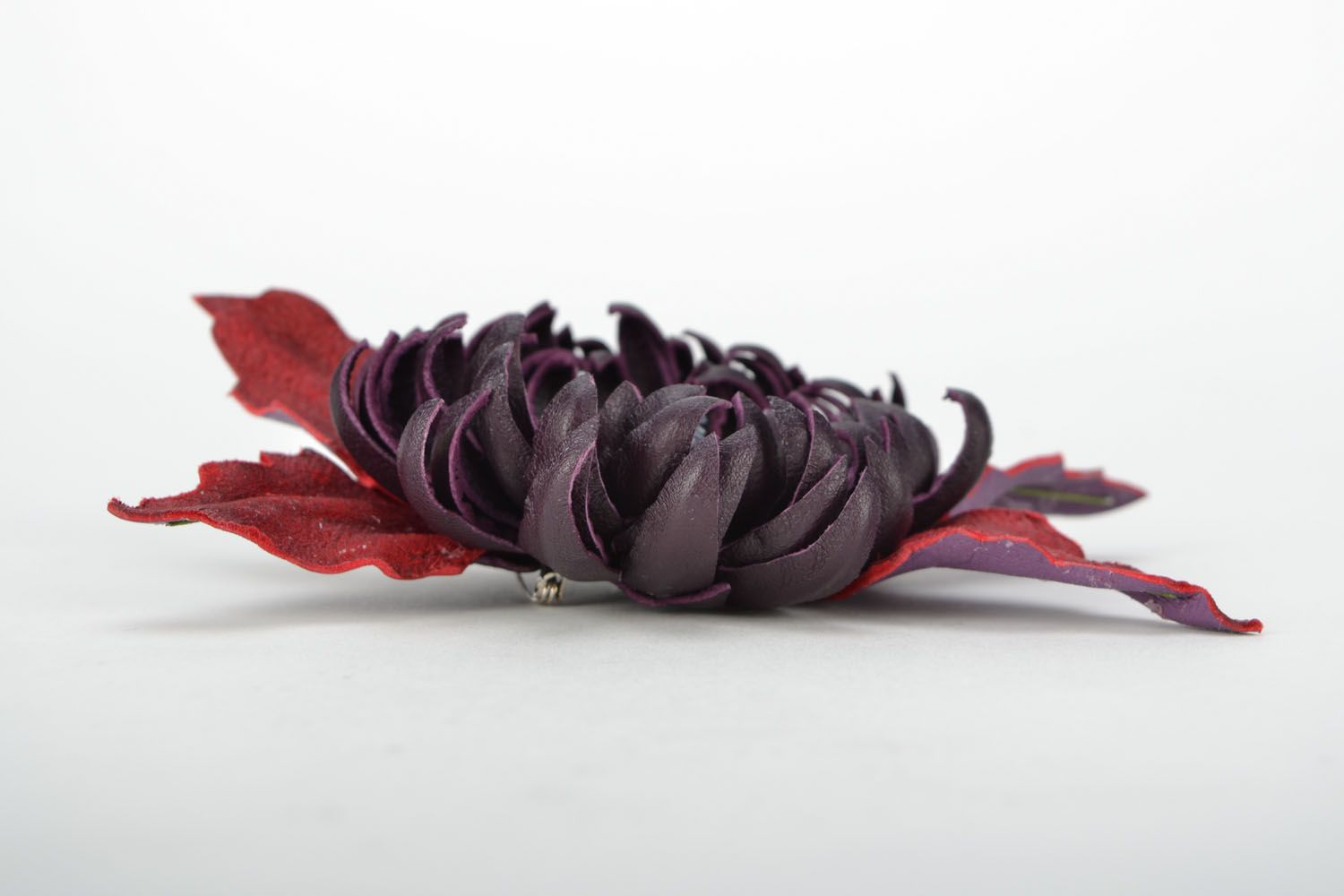 Leather brooch Aster photo 4