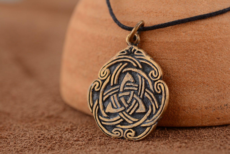 Anhänger aus Bronze Keltisches Muster foto 1