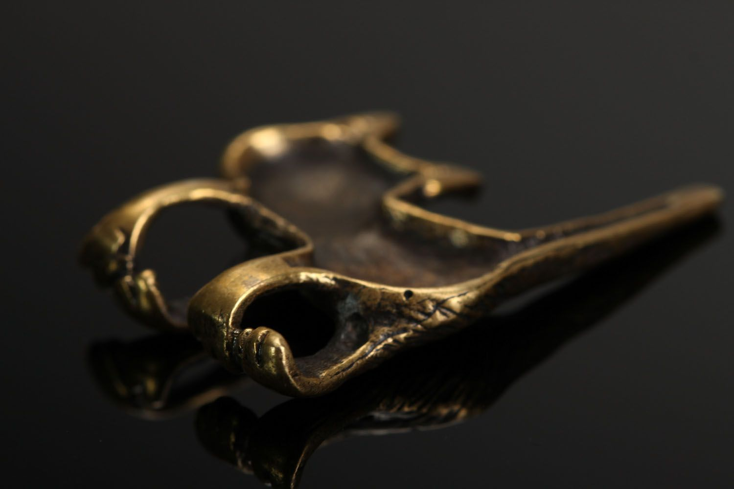 Bronze pendant in the form of a cat photo 4