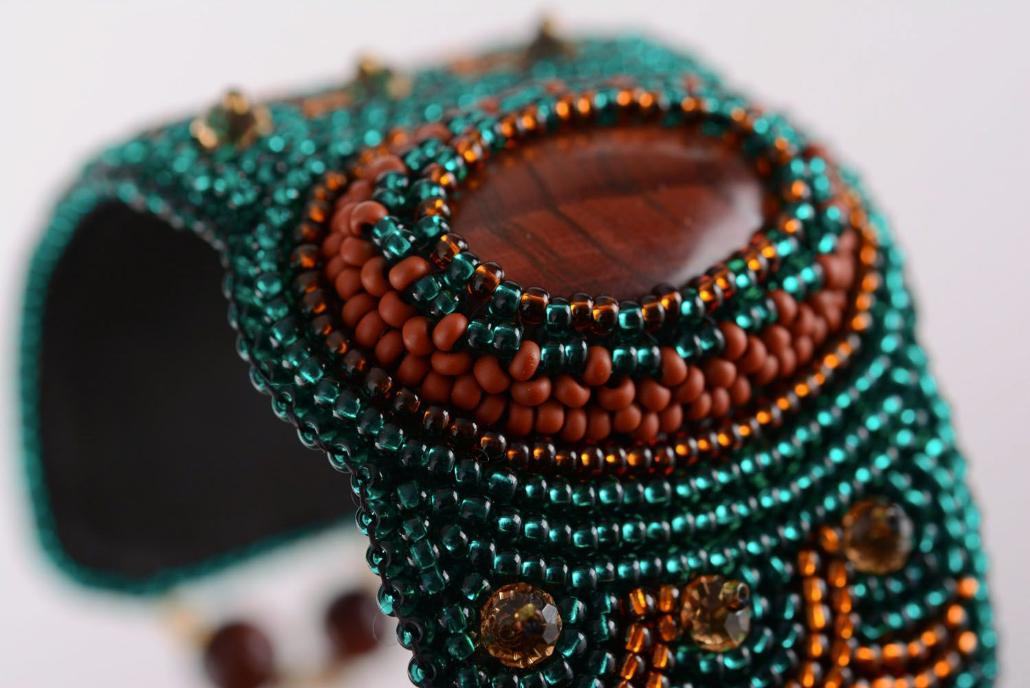 Beaded bracelet with natural stone photo 3