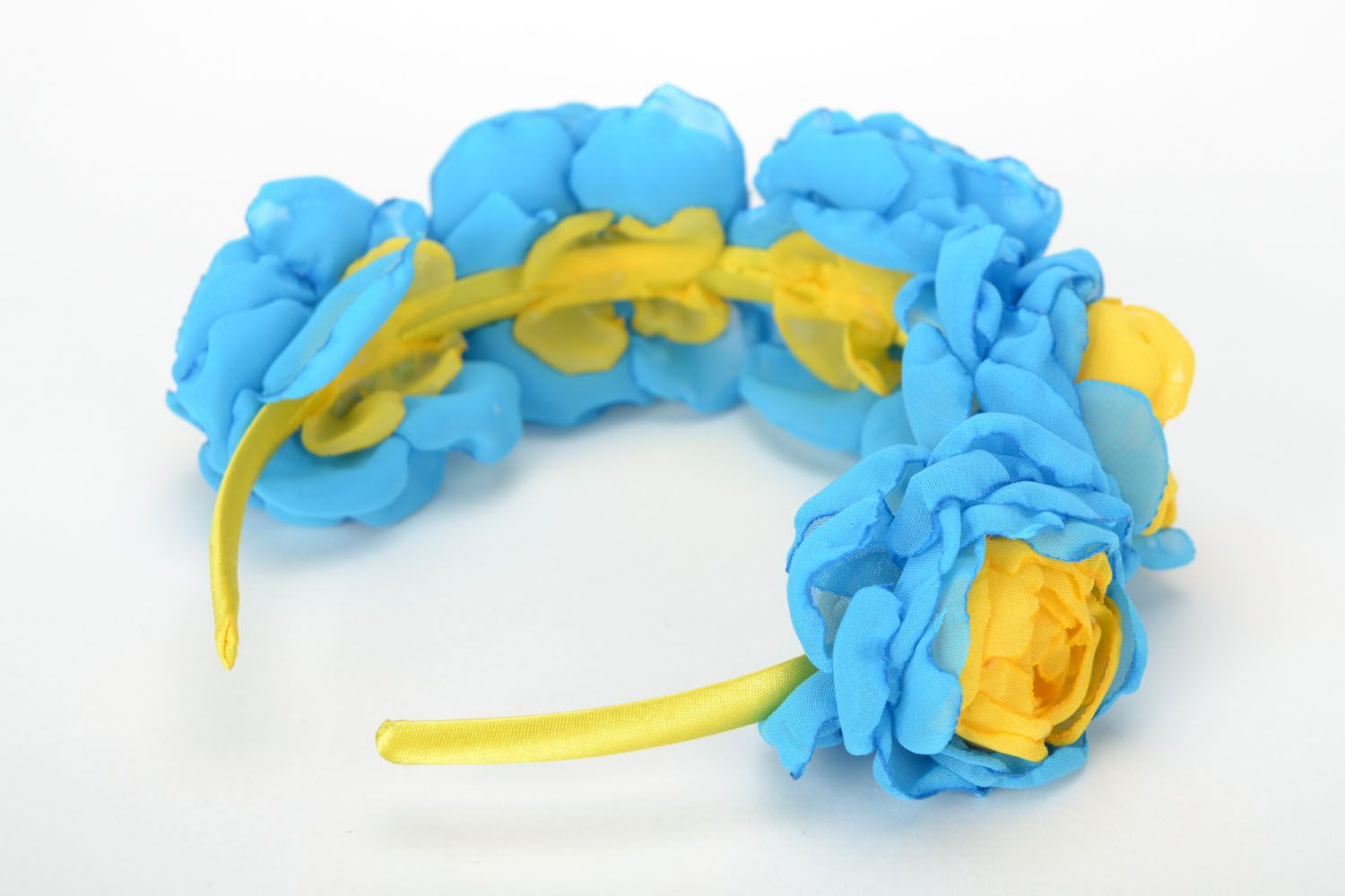 Floral headband Roses of Ukraine photo 5