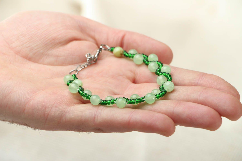 Beaded bracelet with chrysolite photo 3