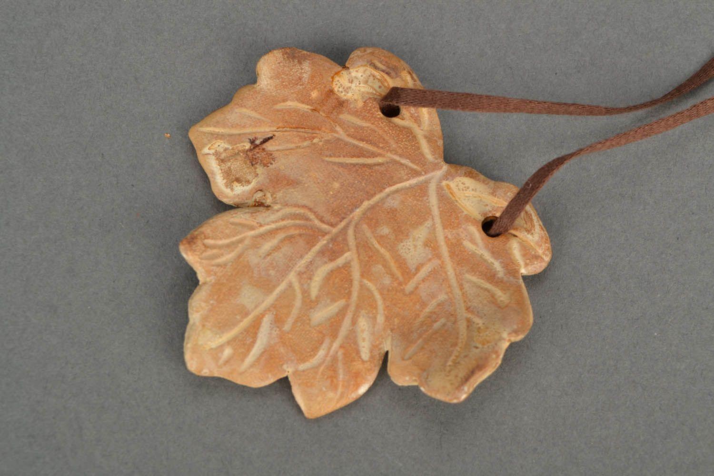 Homemade neck pendant Maple Leaf photo 4
