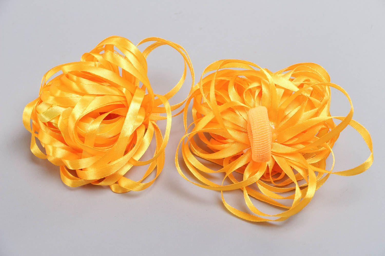 Набор резинок для волос из лент оранжевый ручной работы авторский 2 штуки фото 4
