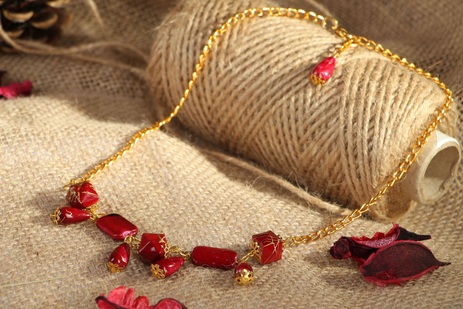 Necklace with beads photo 5