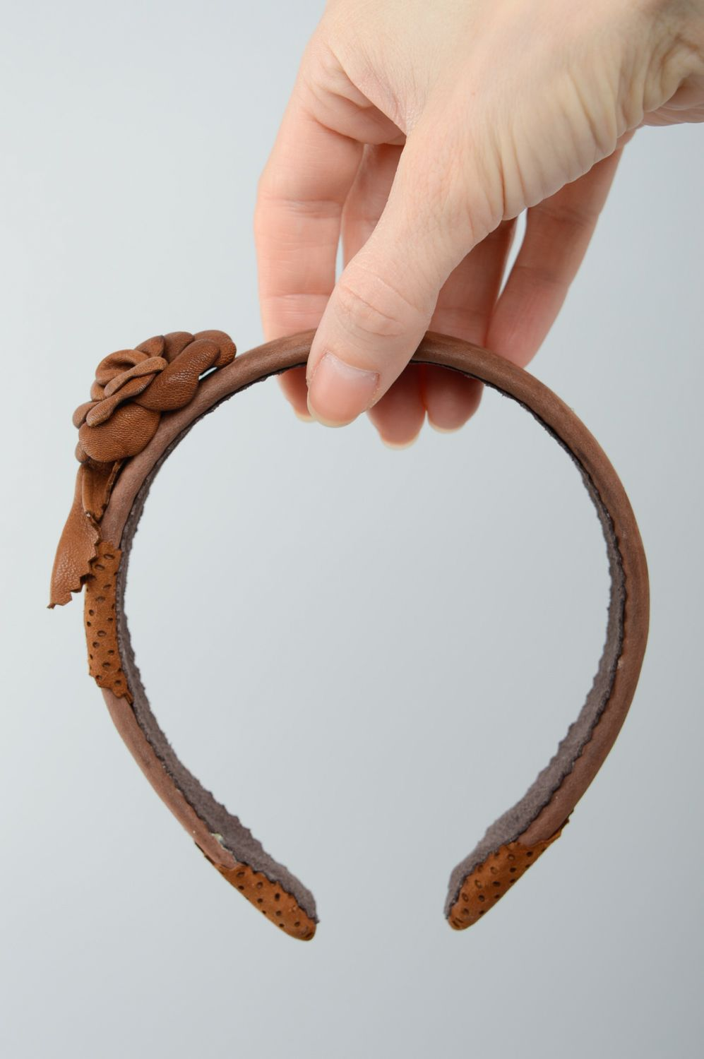 Brown leather headband with flower photo 3