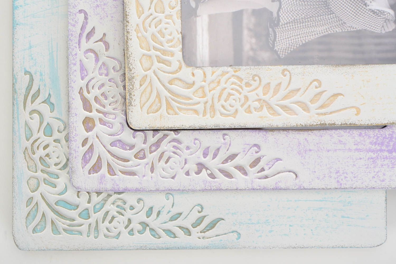 Set of 3 handmade vintage plywood photo frames of white color with ornaments photo 4