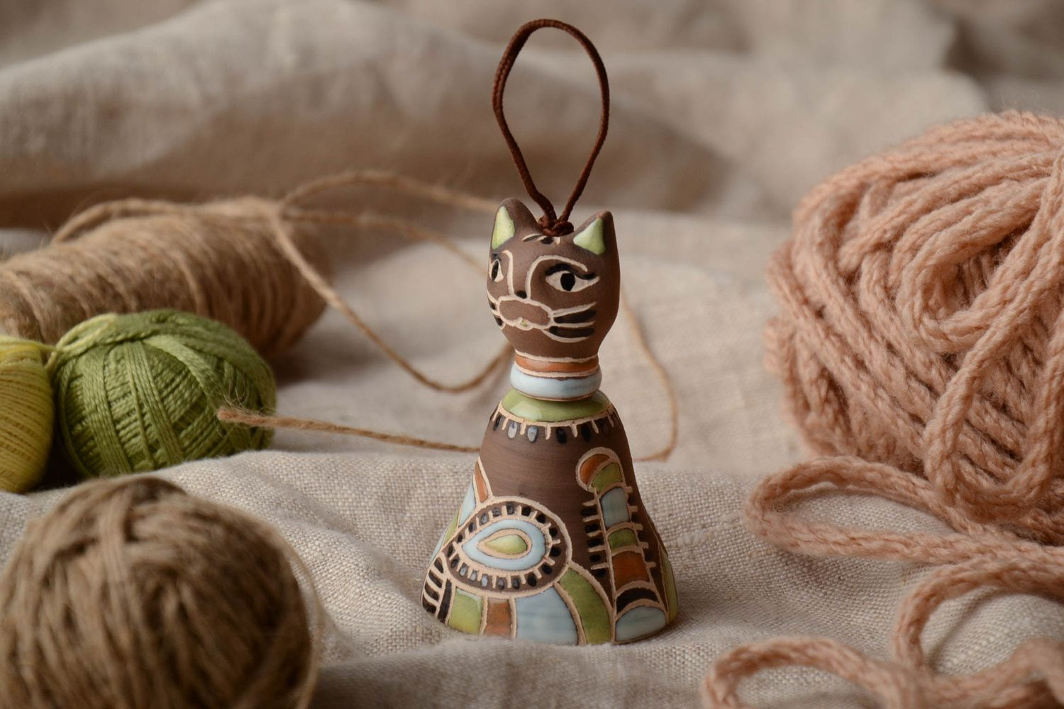 Ceramic bell in the shape of cat photo 1