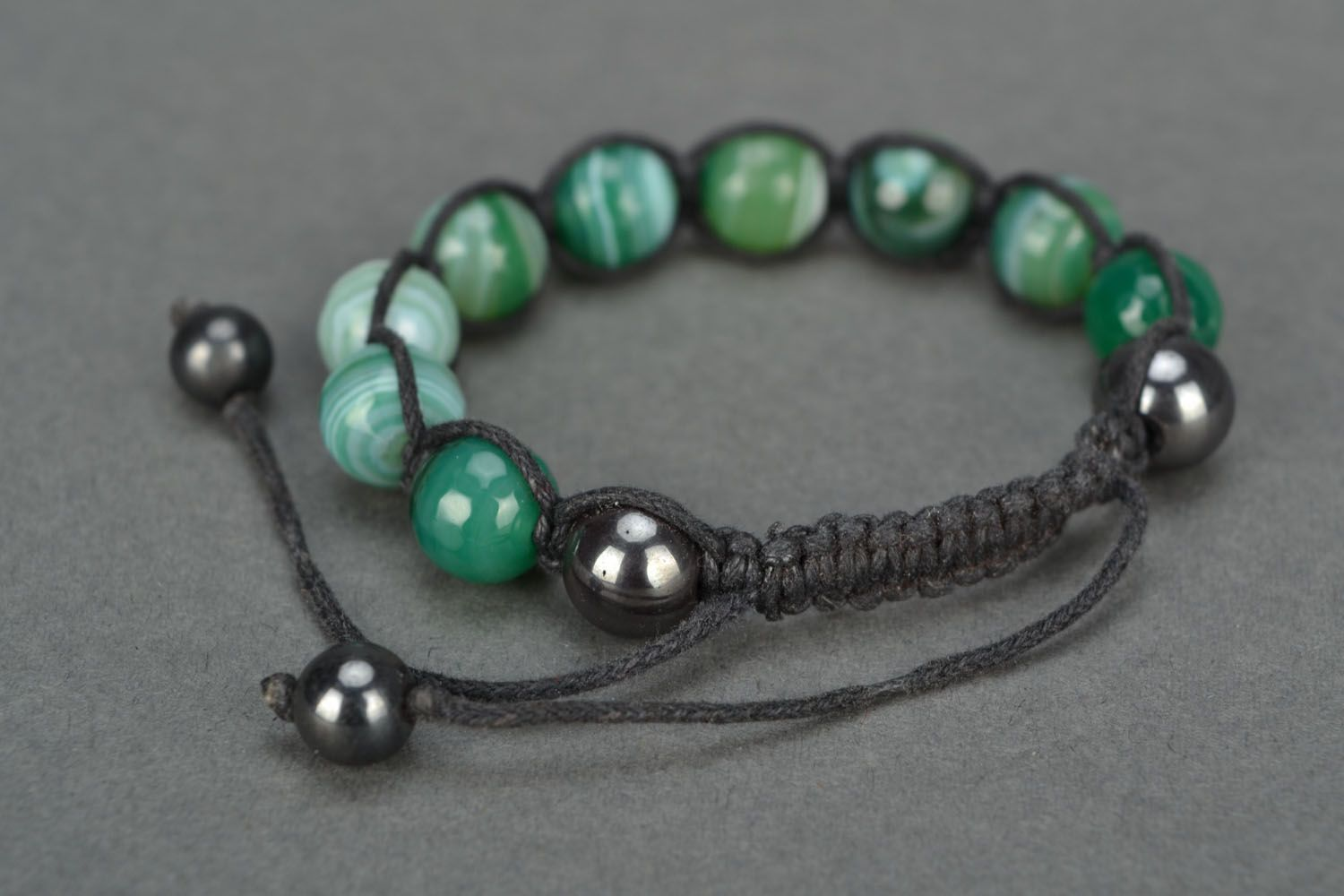 Handmade bracelet with agate and hematite photo 3