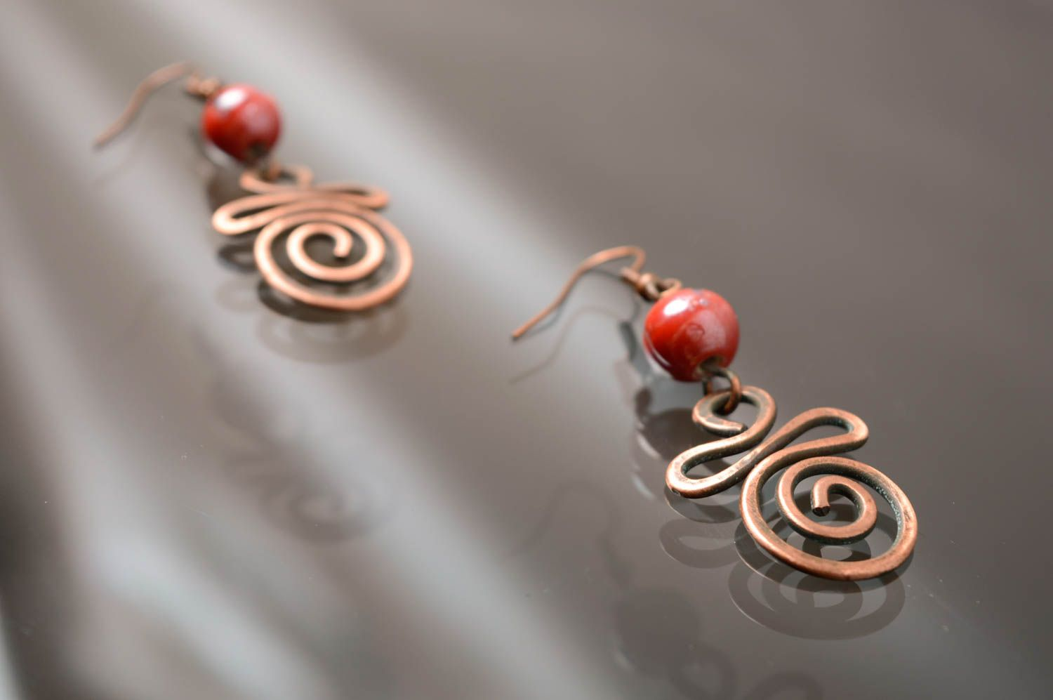 Handmade copper earrings with Indian beads photo 2