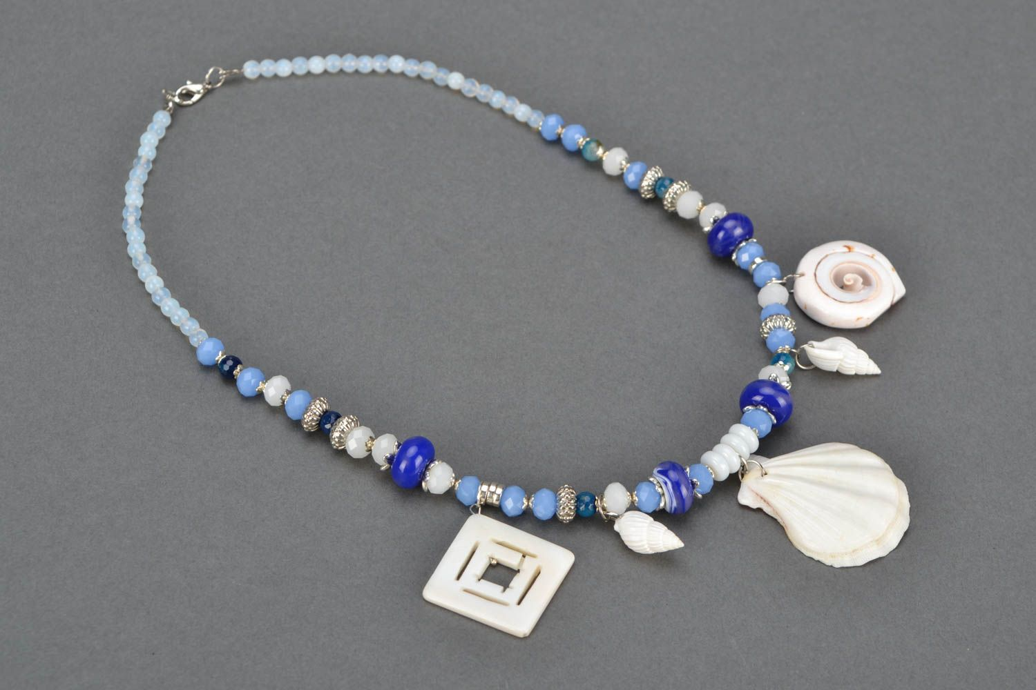 Necklace with charms Cockleshells photo 3