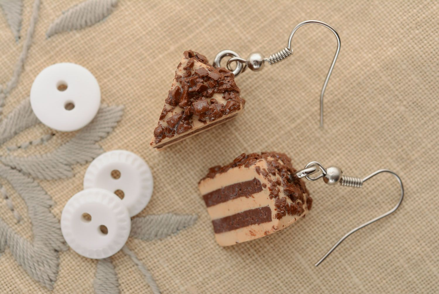 Unusual plastic earrings Cake photo 2