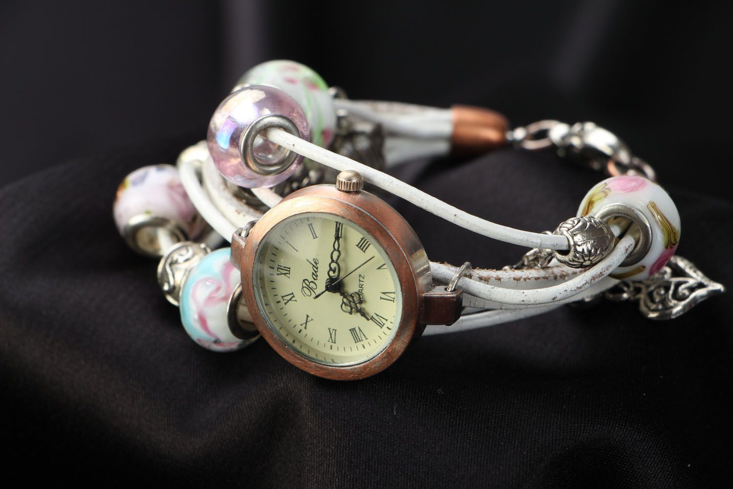 Beautiful watch with leather strap photo 1