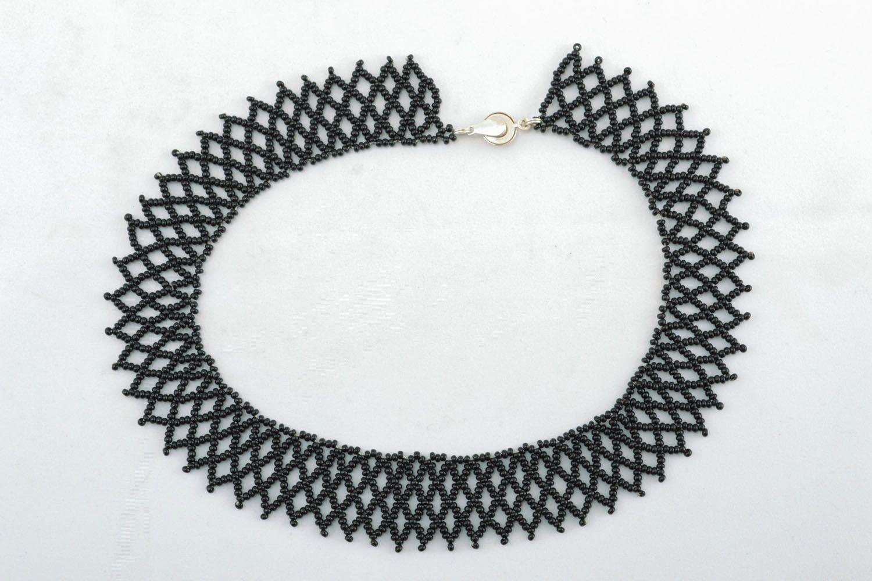 Black beaded necklace photo 1