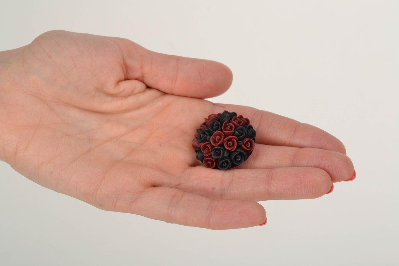 Schöne Brosche aus Polymerton Schwarz Bordeaux foto 2