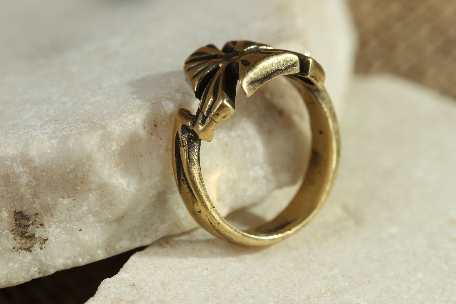 Bronze ring Flower photo 2