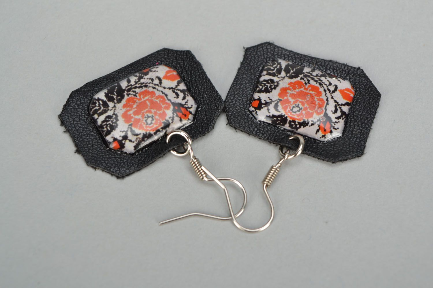 Handmade designer earrings photo 4