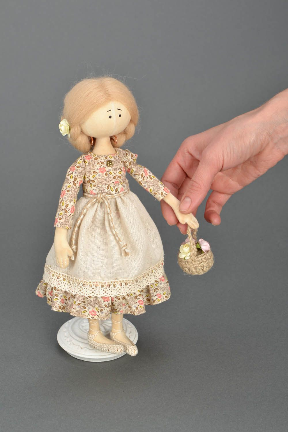 Design soft doll Girl with a Basket photo 2