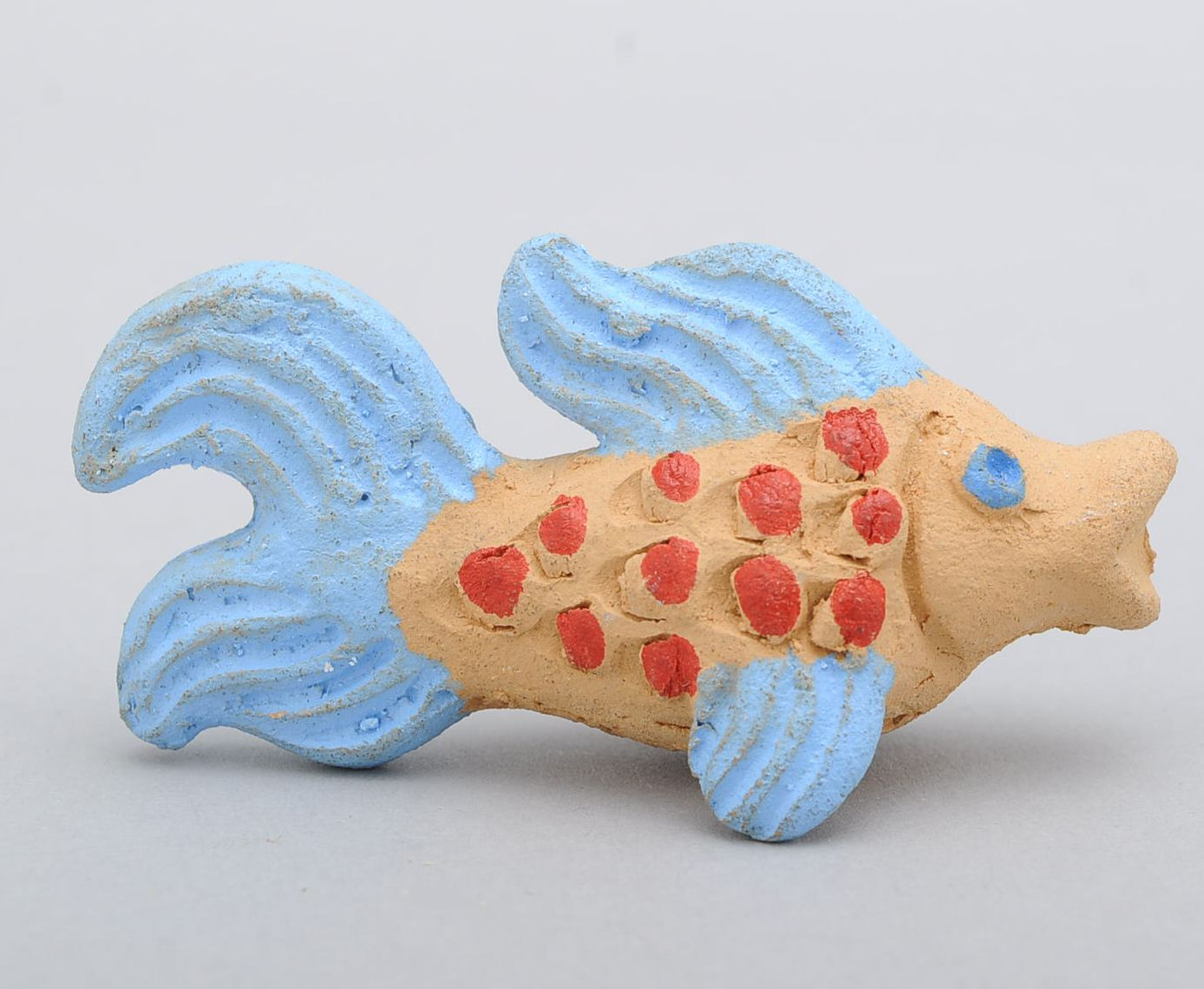 Clay penny whistle Fish photo 2