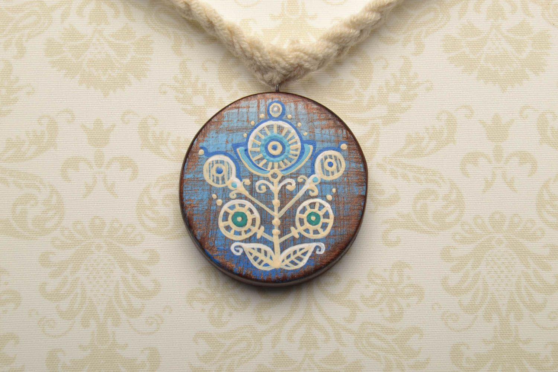 Homemade wooden pendant photo 1
