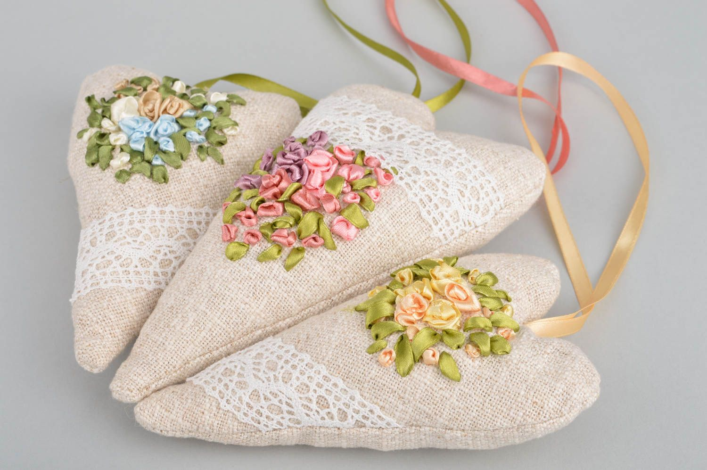 Set of 3 handmade designer heart shaped fabric sachet pillows with aroma photo 2