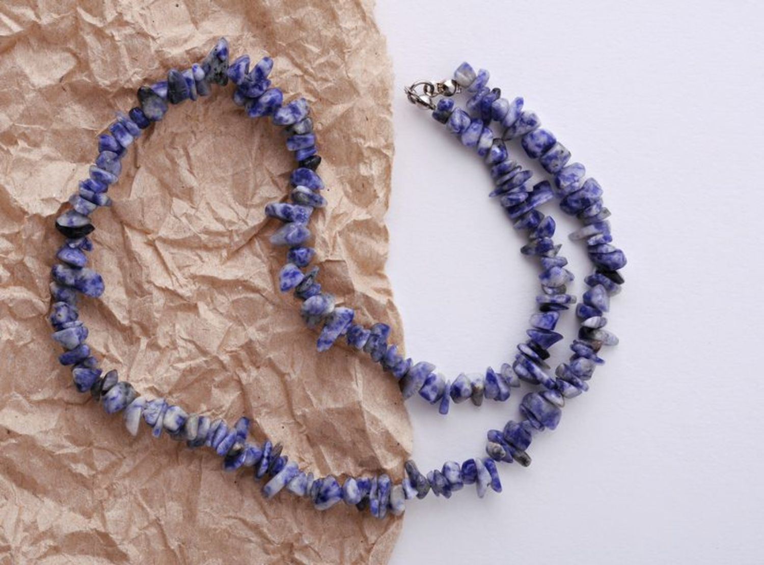 Bead necklace made of natural stone photo 1
