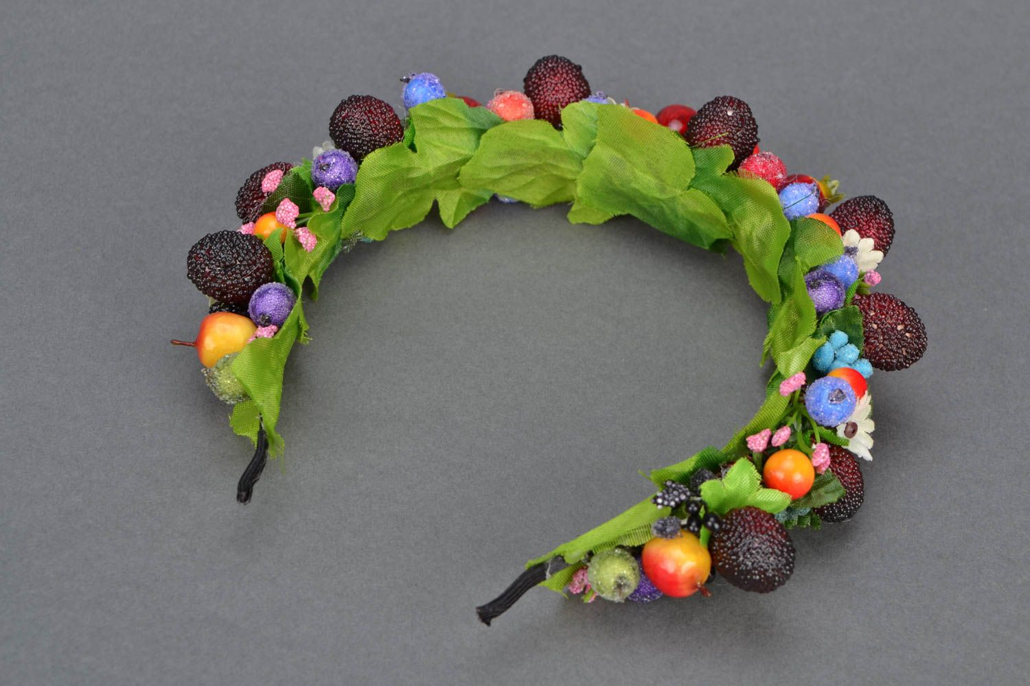 Headband with large berries and fruit photo 4
