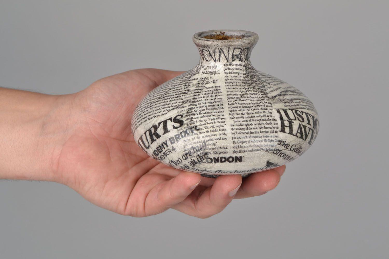 5 inches flat newspaper design ceramic vase 0,67 lb photo 2