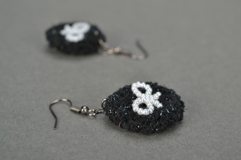 Crochet earrings Pearl Bows photo 1