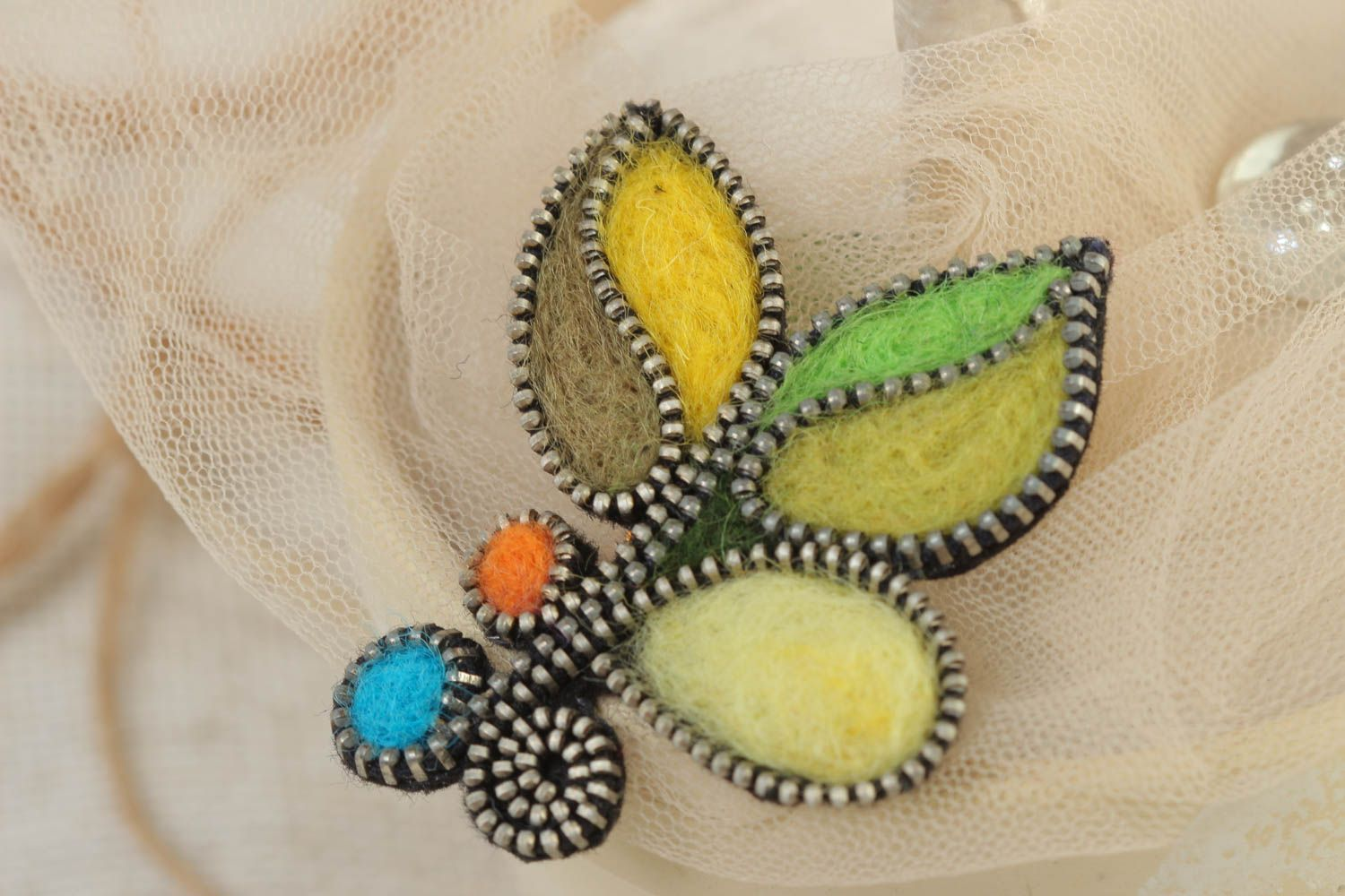 Handmade designer felting wool brooch decorated with zipper multi-colored accessory photo 1