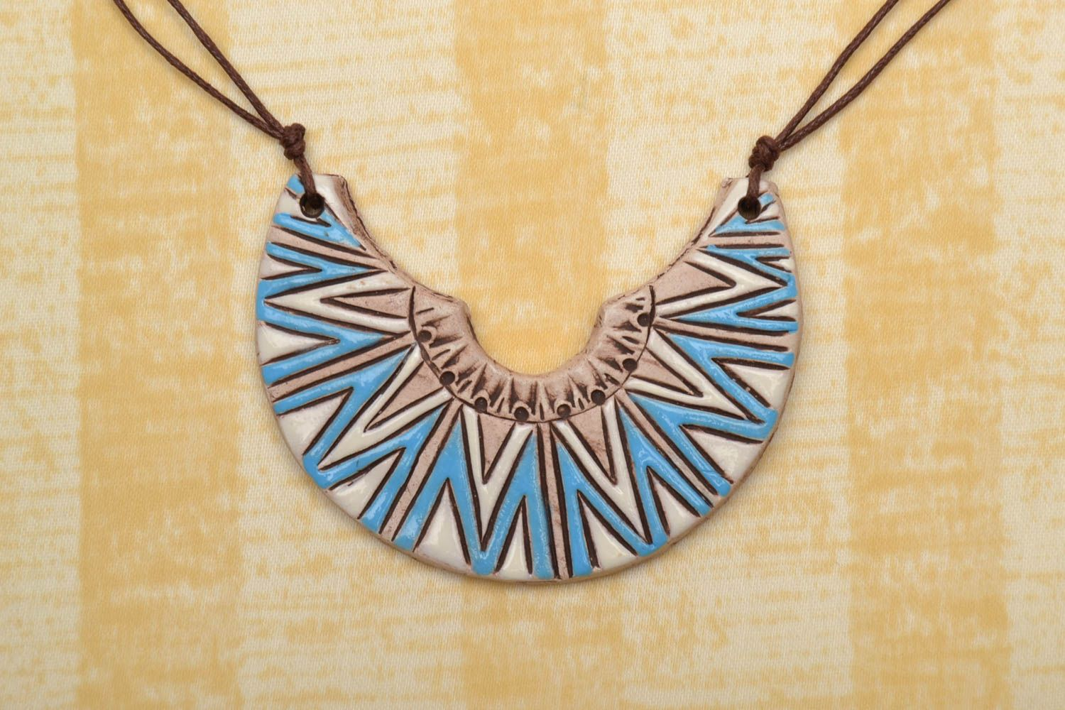 Ceramic pendant in ethnic style Half Moon photo 1