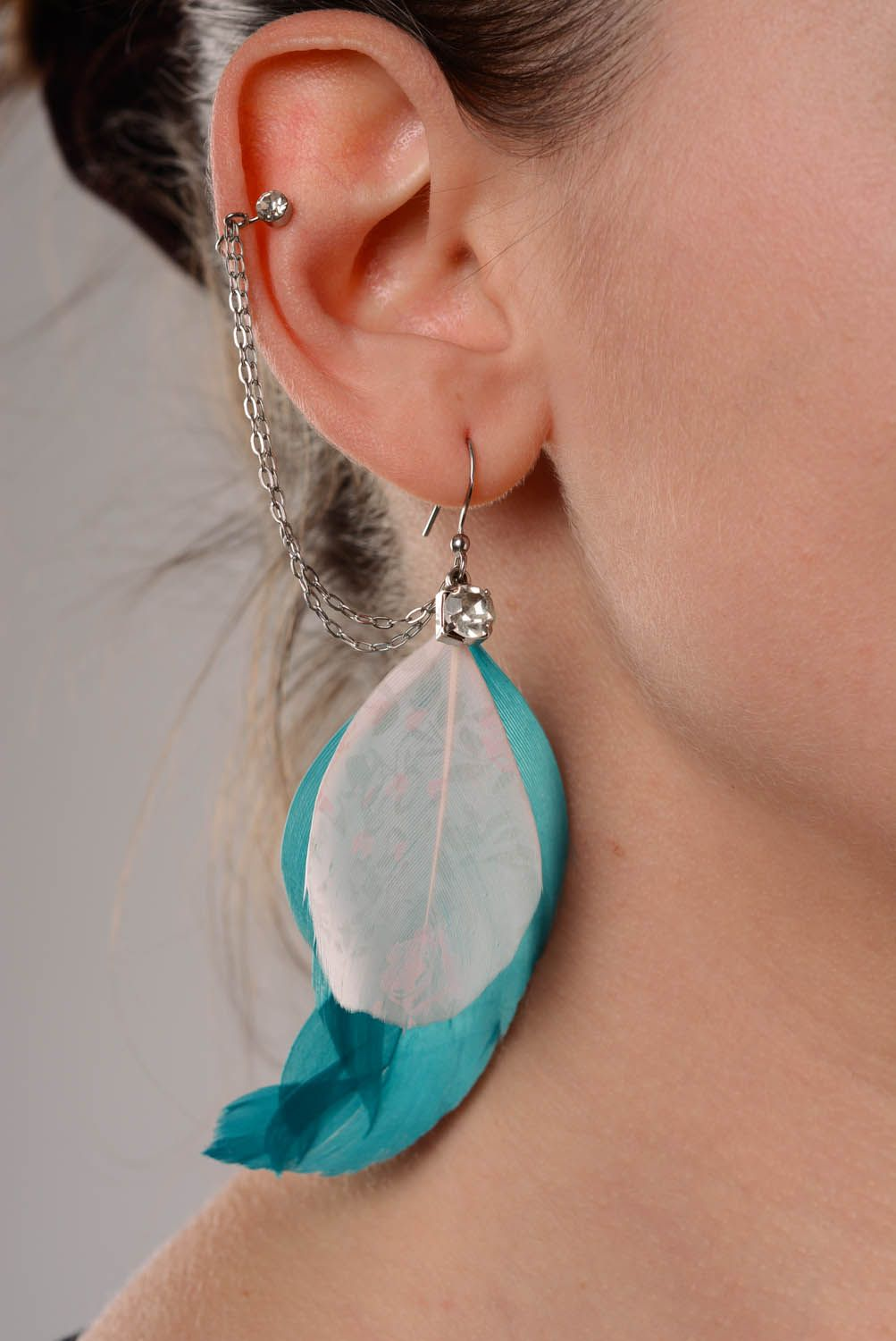 Handmade cuff earrings Milk-White Feathers photo 3