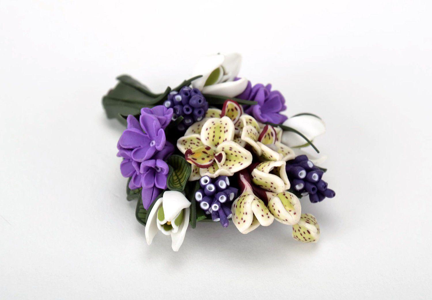white isolated stylish violet on handmade jewelry a photo gray with brooch backgro felt and made