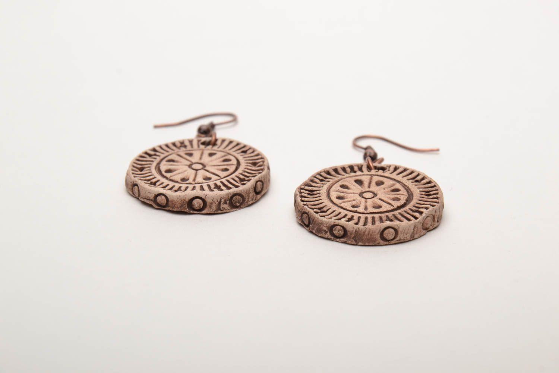 Round ceramic earrings photo 4