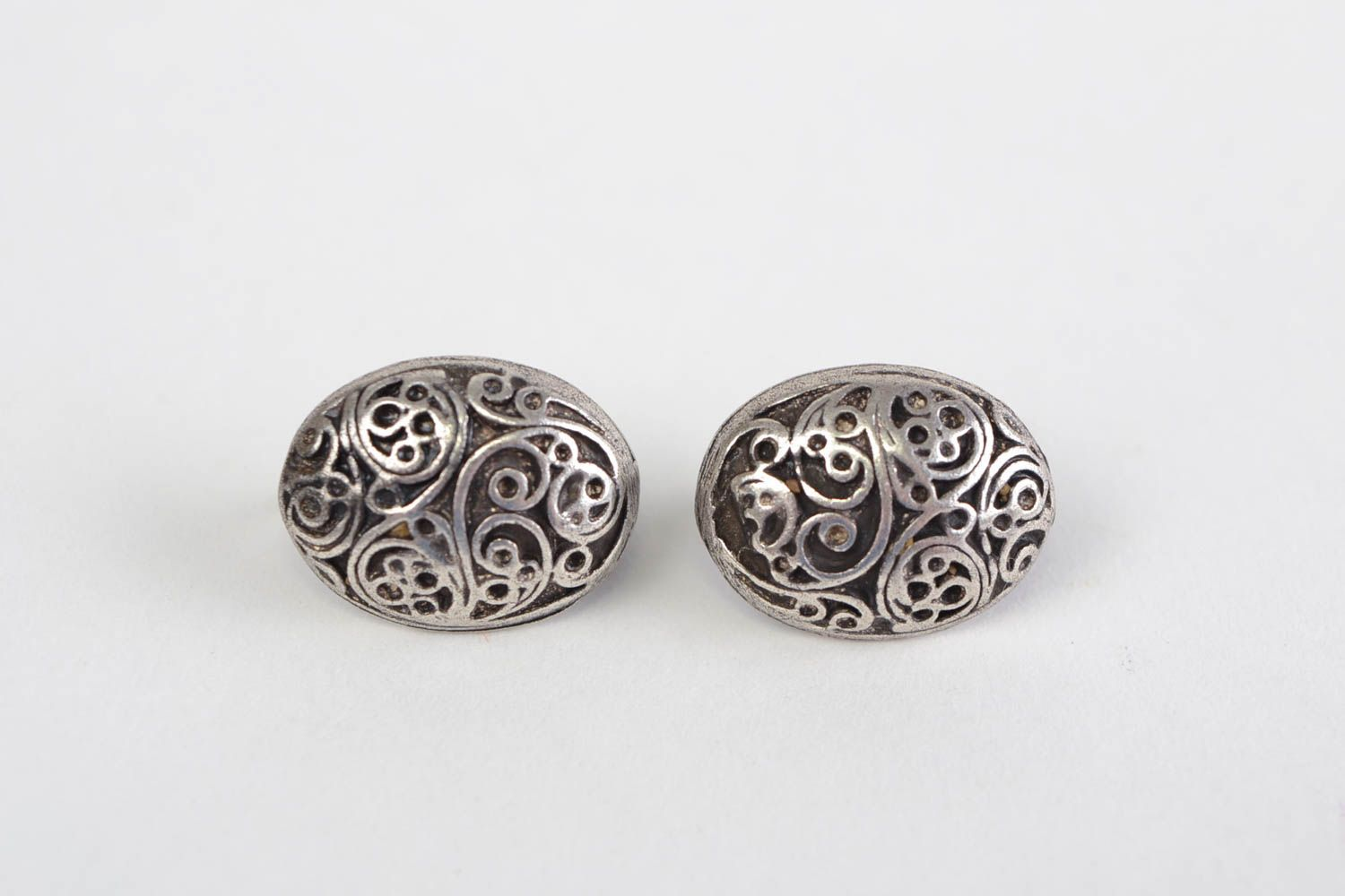 Handmade neat oval ornamented stud earrings cast of hypoallergenic metal alloy  photo 2